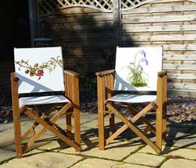 Folding wooden chair with printed bluebell canvas back